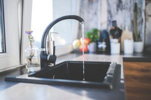 AGN Imobiliária - Instalação de torneira